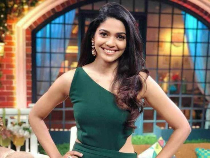 Pooja Sawant Biography, Age, Boyfriend, Family, Facts and More