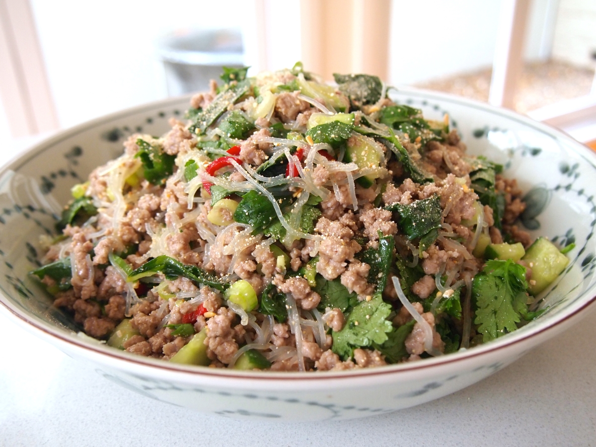 Larb - Laotian Chicken Mince : Recipe | WikiRote