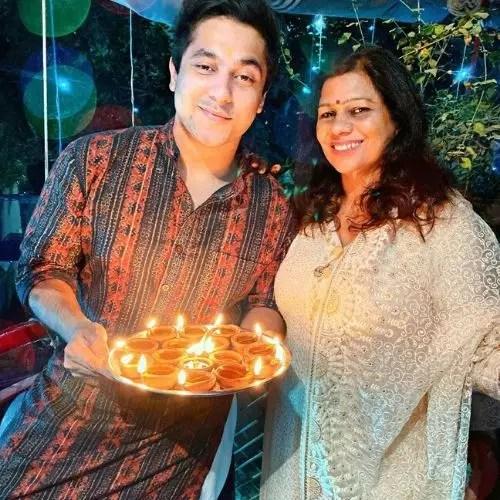Harsh Beniwal mother