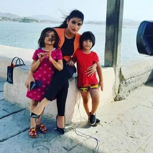 Rubika Liyaquat (News Anchor)  with children