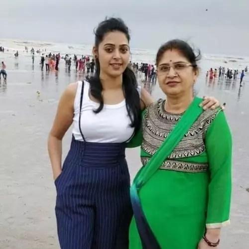 Priyanka's Mother Vijaylaxmi Kushwah