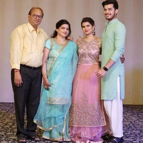 Paras Kalnawat Family