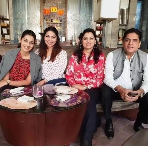 Sanjana Ganesan Family