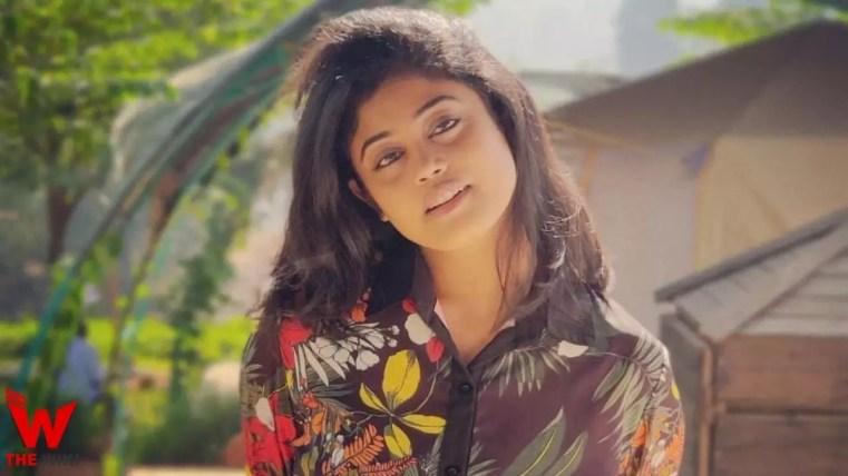 Parampara Thakur (Singer)