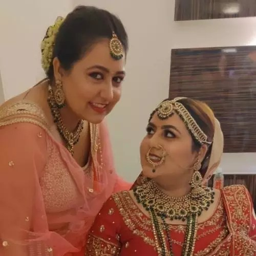 Swati Tarar with Sister