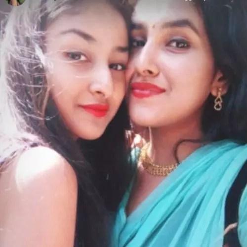 Anchal Sahu with Sister