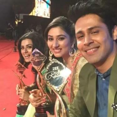 Disha Parmar at Zee Rishtey Awards 2017
