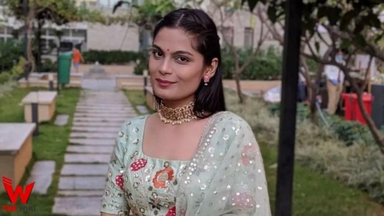 Shristi Dixit (Actress)