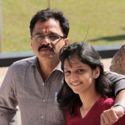 Shivani Sonar with Father