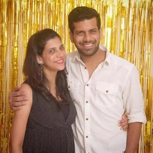 Ashutosh Gokhale with His Sister (Shradha Gokhale)