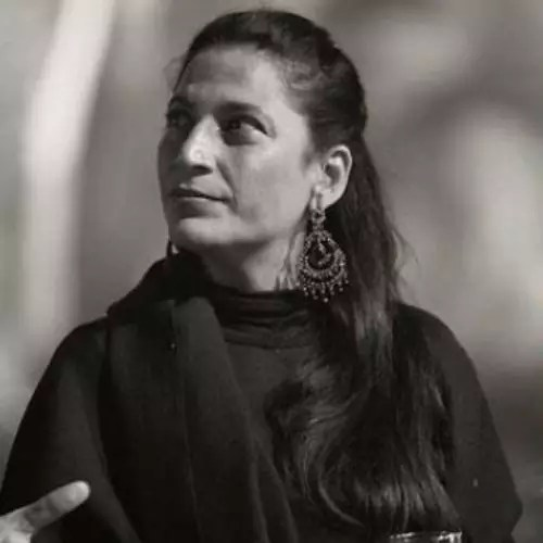 Shivani Tijori Ni Tomar