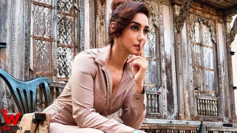Mahek Chahal (Actress)