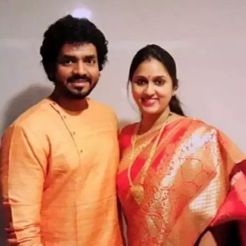 Utkarsh Anand With Wife