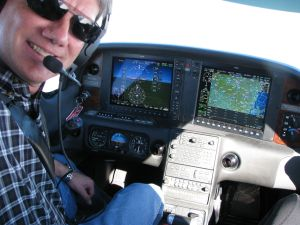 Cirrus Perspective SR22 Flight Deck, photo by wikiWings