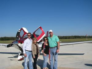Cirrus Aircraft SR22 Shared Ownership, photo credit by wikiWings