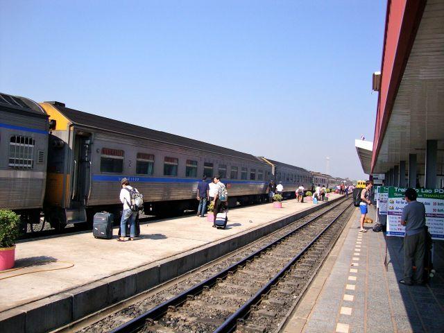 The Overnight Train Bangkok to Vientiane