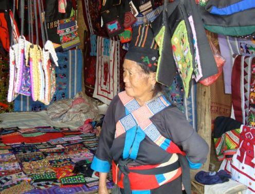 Laos Ladies 10