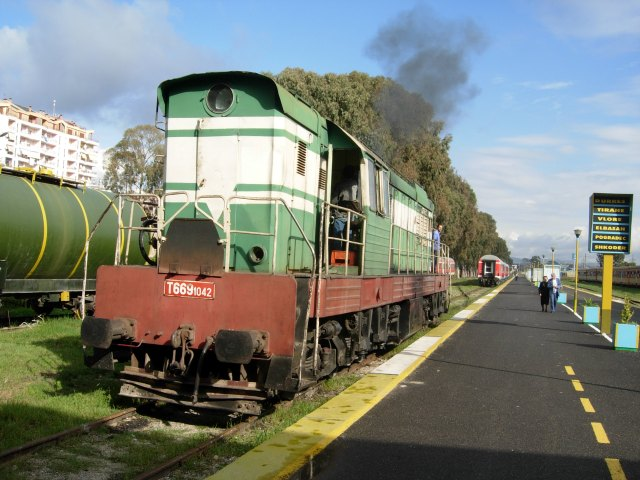 Albania Locomotive, Durres Station