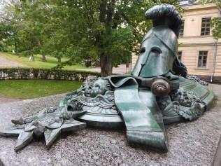 Suomenlinnen Statue, Helsinki