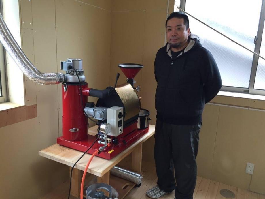 熊本市中央区にあるカフェ「ふとりねこ」にナナハン焙煎機を設置しました。