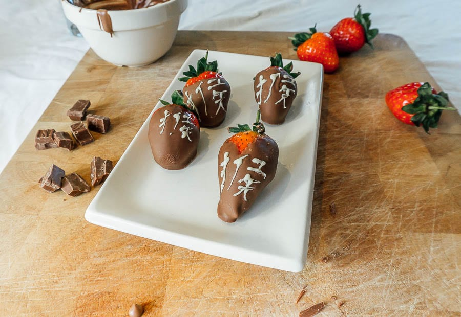 Chocolate Dipped Strawberries with white chocolate