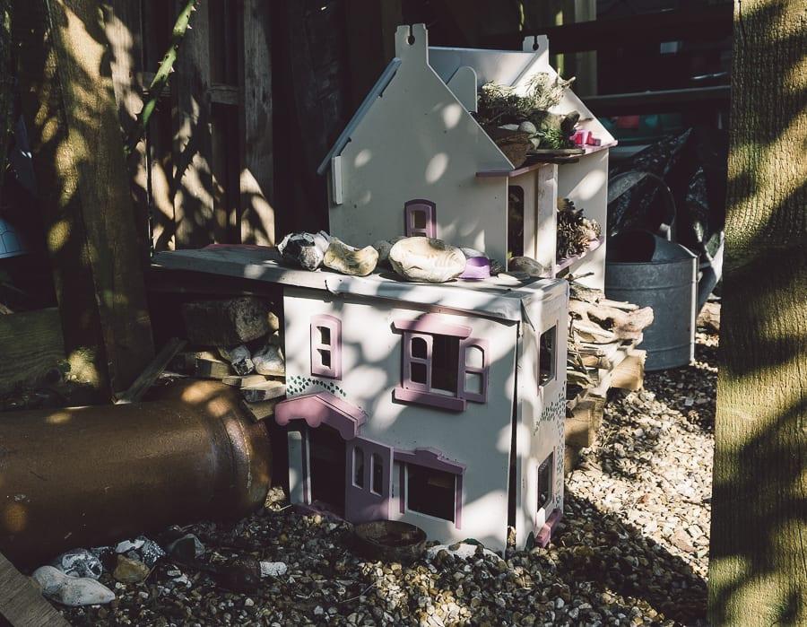 Dollhouse bug hedgehog hotel