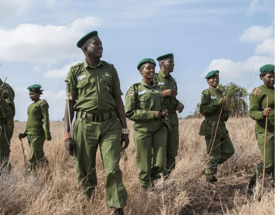World Ranger Day: Massai-Rangerinnen kehren zu ihren Familien zurück