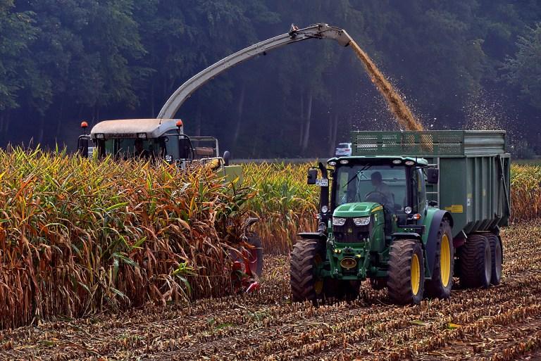 Hobby-Jäger schiesst auf Erntearbeiter