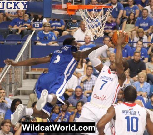 Eric Bledsoe Flies Through the Air