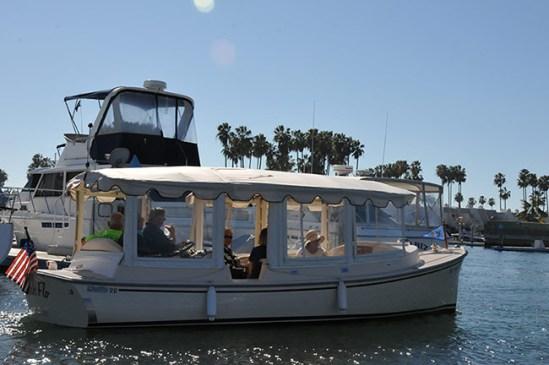 Beige-Boat