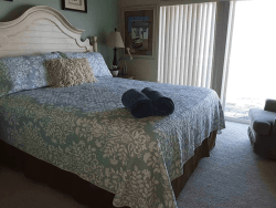 Sea House Bed with headboard 1