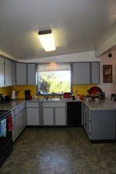 Vista De Oro Kitchen