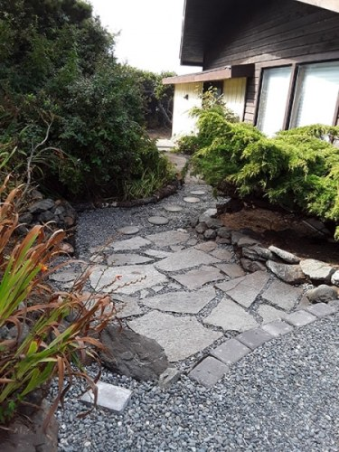 Vista De Oro Side Path