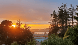 Coastal Hideaway: Sunset views from the deck