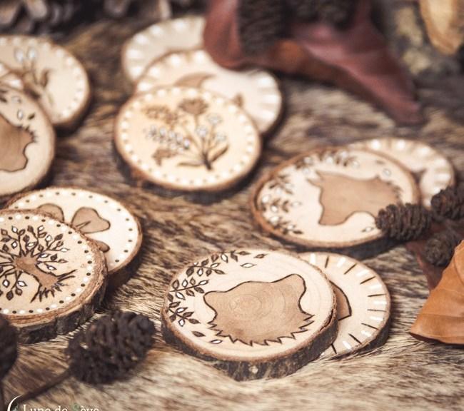 Petit Lenormand sur tranches de bois, made in Lune de Sève