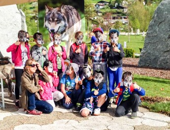 Wolves School Festival Hohe Tauern Uttendorf 8.jpg - European Wilderness Society - CC NonCommercial-NoDerivates 4.0 International
