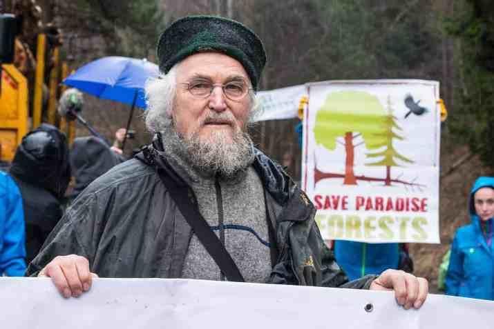 Hannes Knapp protests against illegal logging in Romania