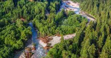 rieka-bel-m-u-niekoko-dn-po-povodni-op-svoju-typick-azrovomodr-farbu_35112731406_o.jpg - © European Wilderness Society CC BY-NC-ND 4.0
