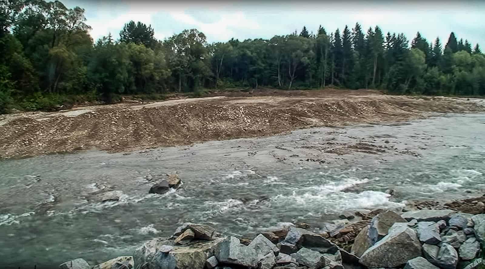 Bella River Destruction © All rights reserved