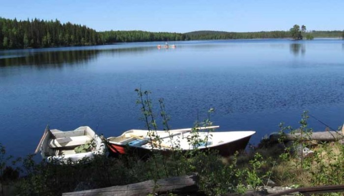 Overnight fishing in a cabin on a remote location