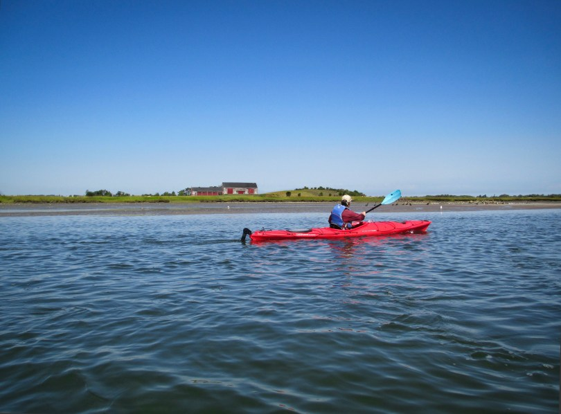 Paddling-the-Choate-Island-Channel
