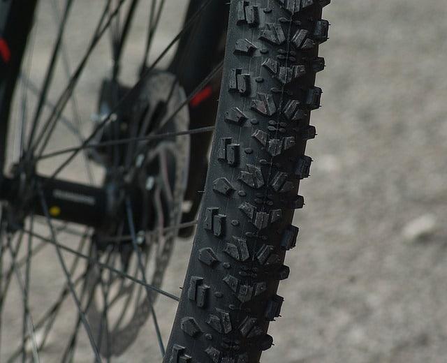 biking-wheel-tire-bike