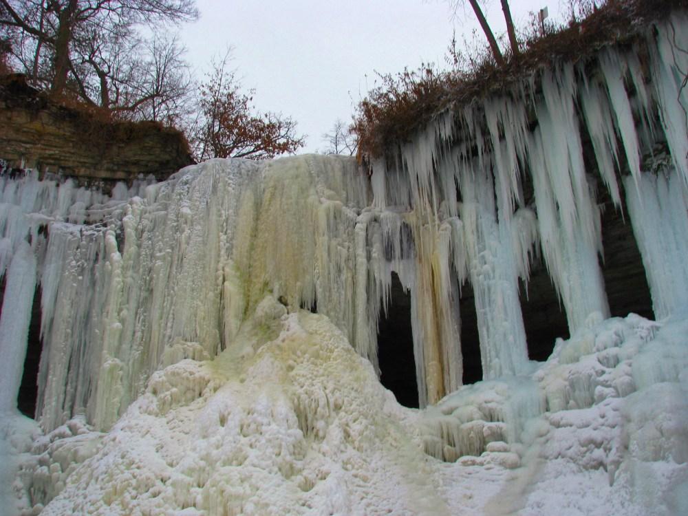 Minnehaha Falls In Winter (3/6)