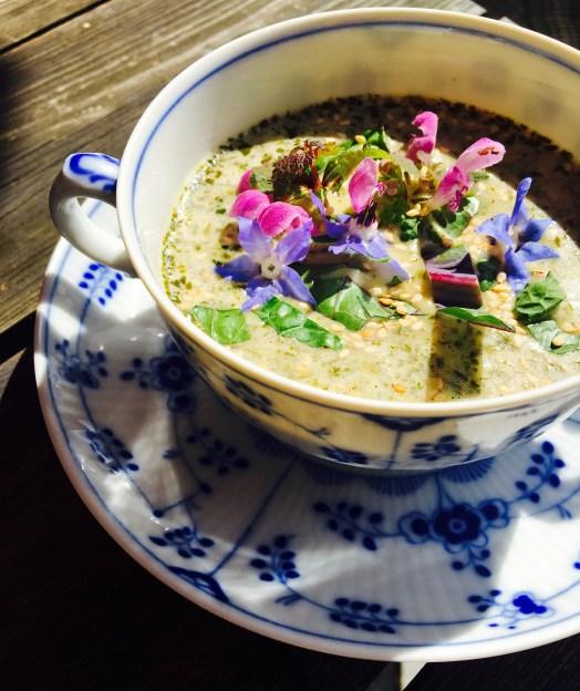 Rosenkohl Blätter Suppe4