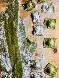 Grünmehl aus Wildkräutern