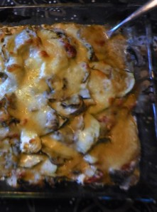 Zucchini-Kartoffel-Pilz-Auflauf / Casserole with courgettes, potatoes and mushrooms