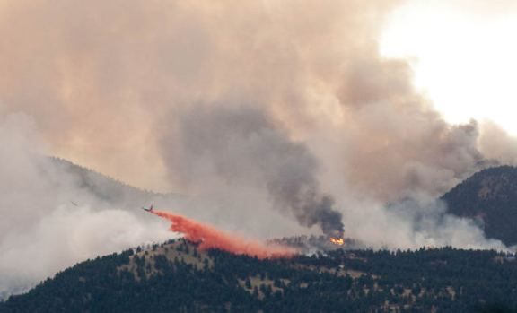 Fourmile fire near Boulder air tanker drop