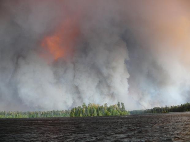 Pagami fire, Lake Polly 9-12-11 Hans Martin USGS