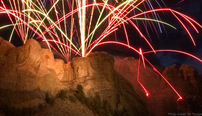 mount rushmore fireworks