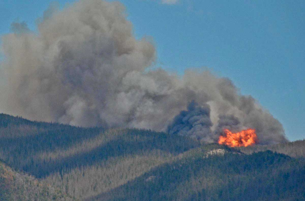 Colorado: Hayden Pass Fire causes evacuations south of Salida ...